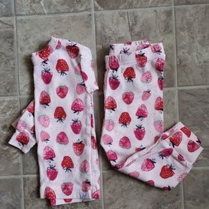 [Gap] Baby Girl Strawberry Print Pajamas
